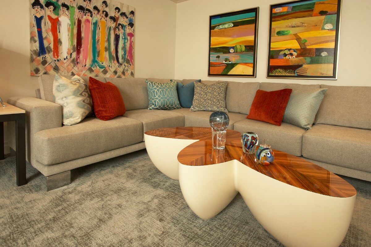 Traditional Living Room Design by Susan Marocco - Scarsdale, NY 3