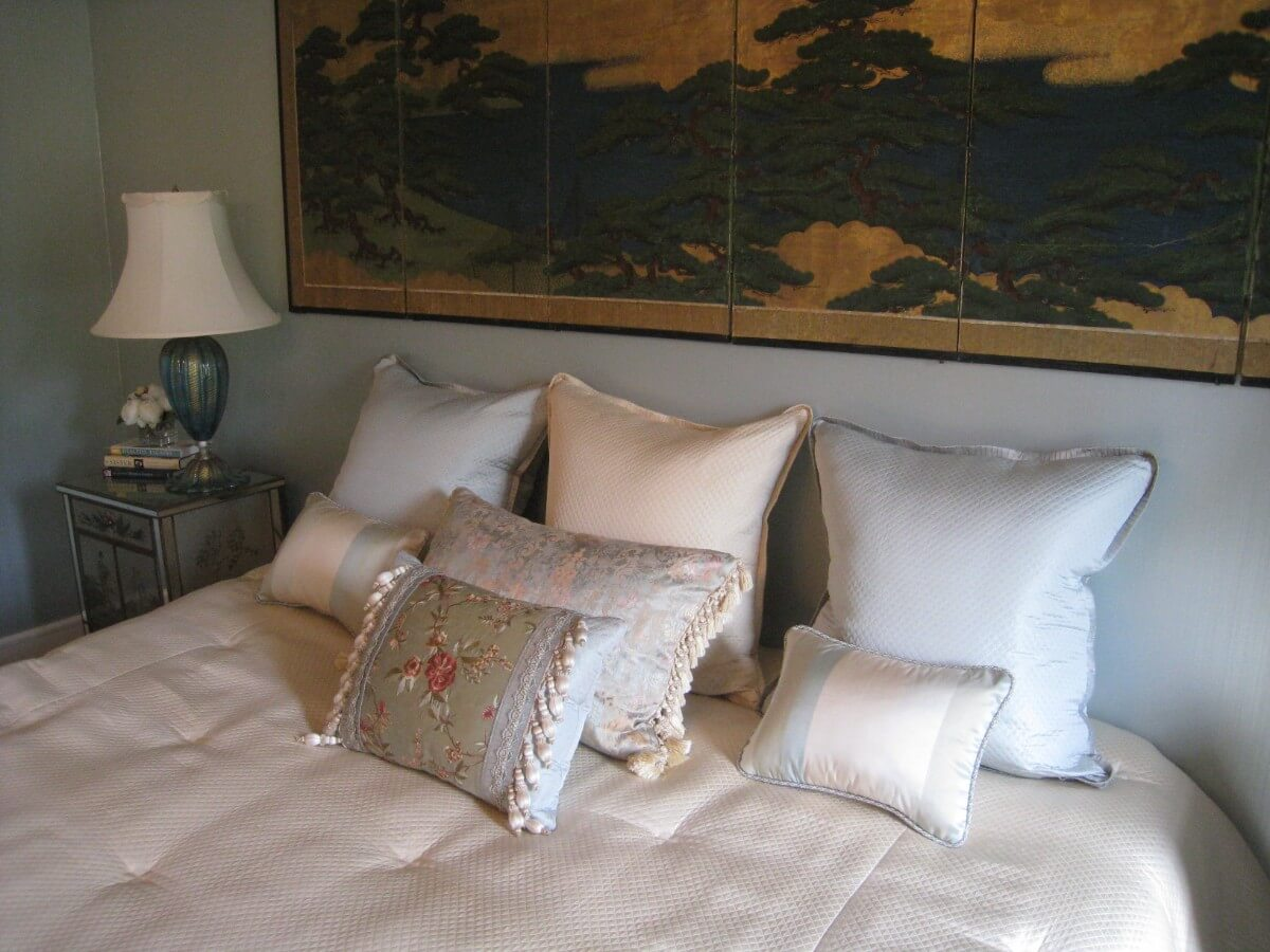 2528 Show House Bedroom Design by Susan Marocco Interiors - Bedford NY